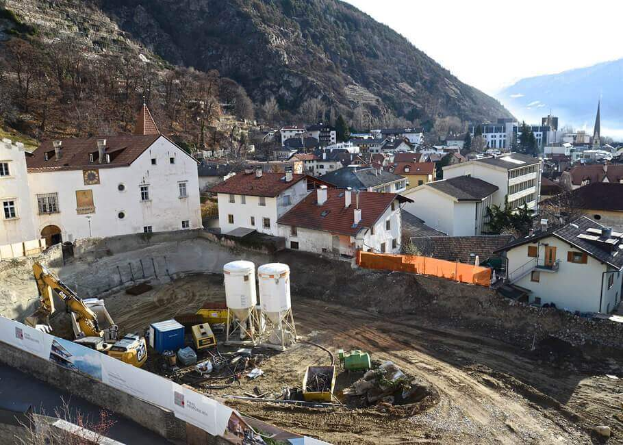 Bauarbeiten Schlossgarten Schlanders