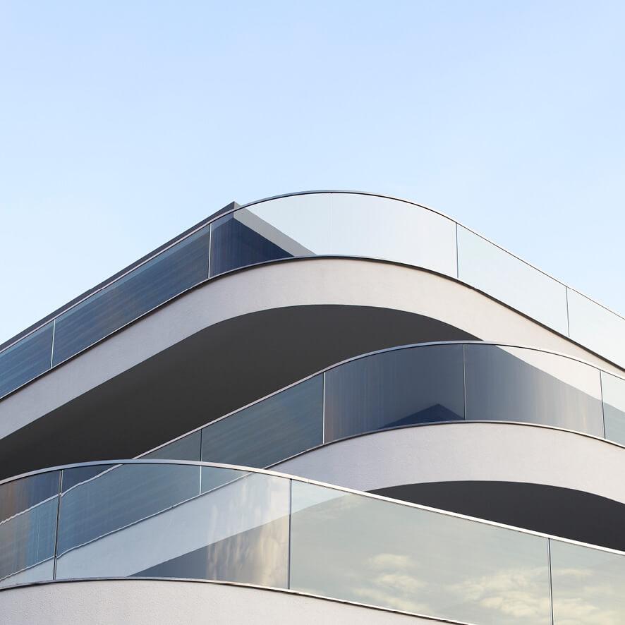 Feldweg Balkone in Glas