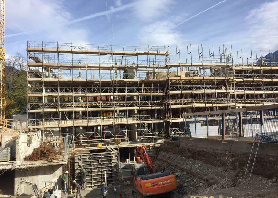 Baustelle Neubau Wohnungen Meran