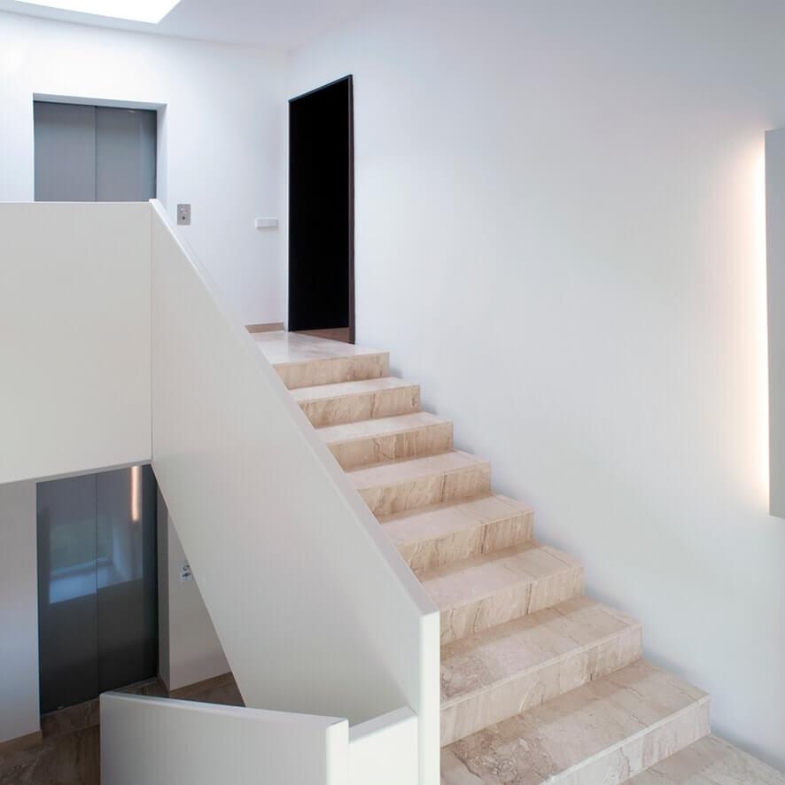 Palais 09 Treppenaufgang