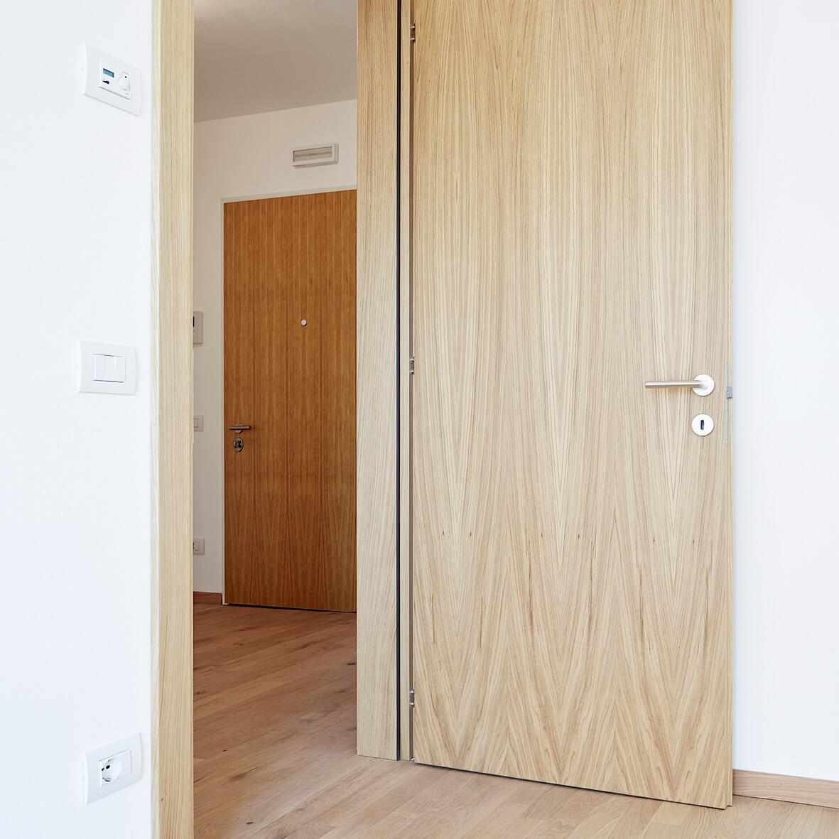 Elegante Holztüren. Cityliving.me