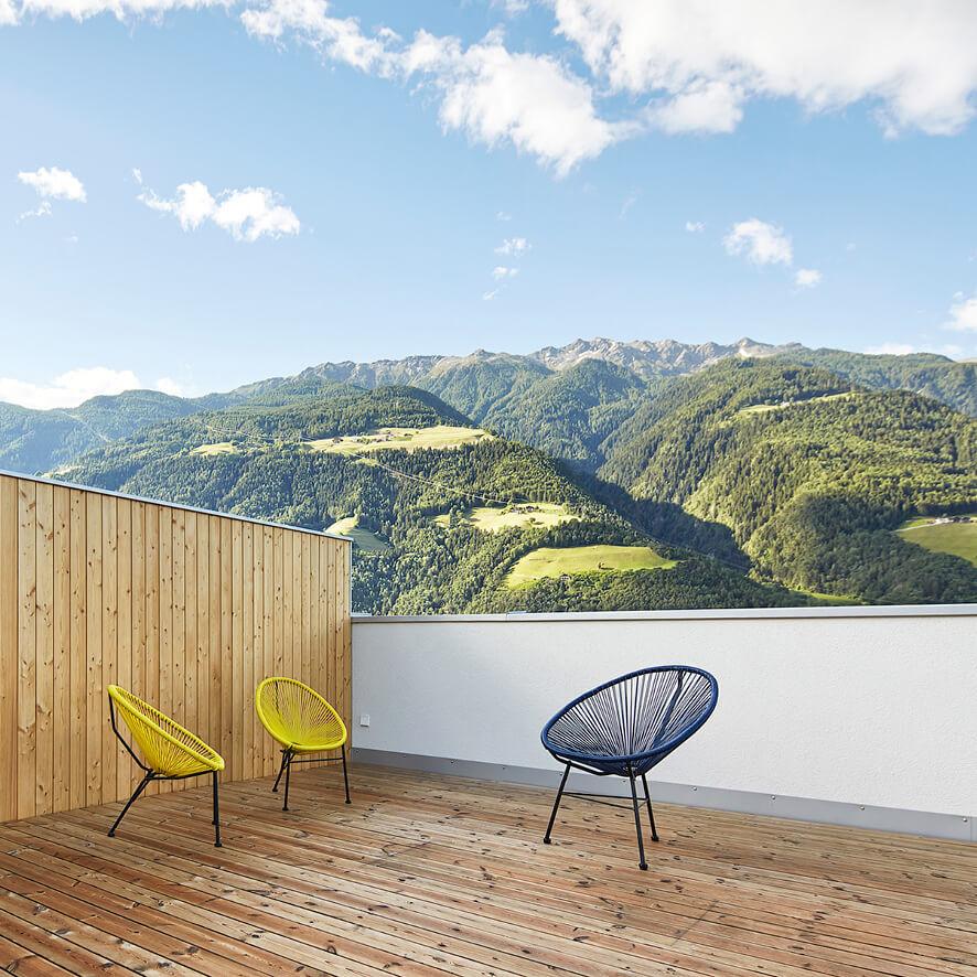 Haus Juval in Naturns: Wohnen, wo andere Urlaub machen.
